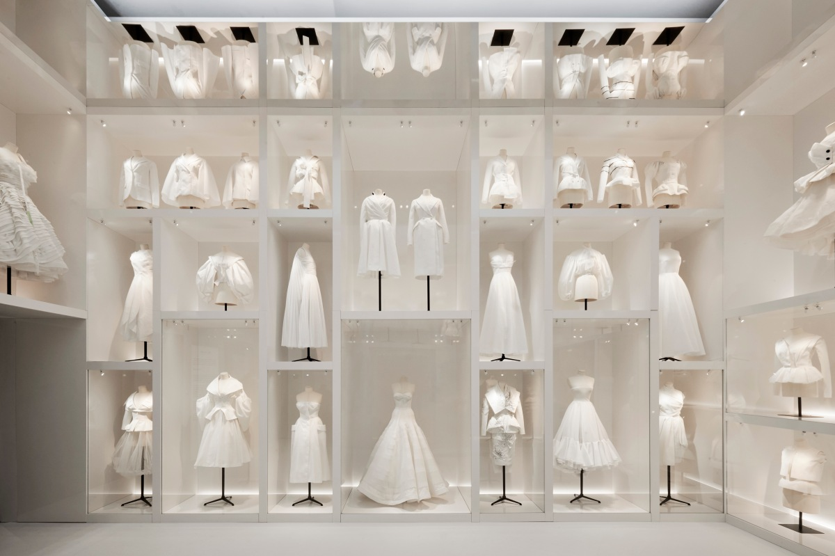 V&A_Christian Dior Designer of Dreams exhibition_Atelier section (c) ADRIEN DIRAND (13)